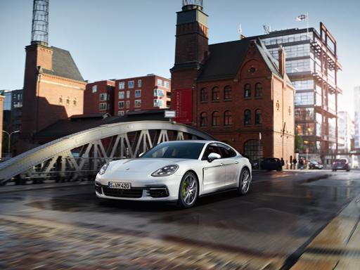 Exklusives Leasingangebot<sup>1)</sup> für private Kunden: Porsche Panamera 4 E-Hybrid